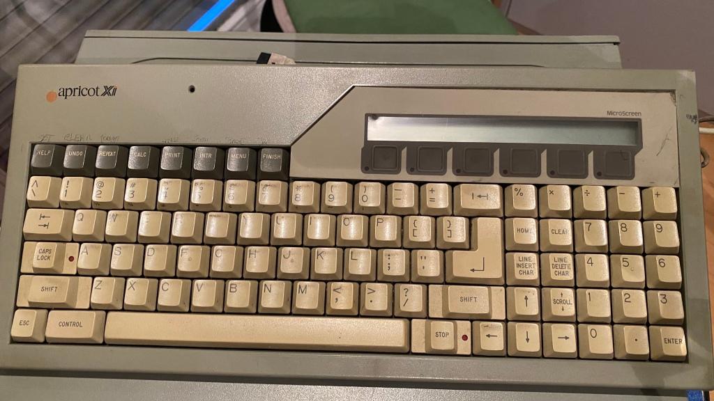 Computermuseum: Apricot XI